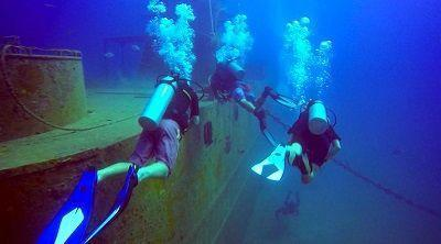 D1512bscuba diving koh tao wreck