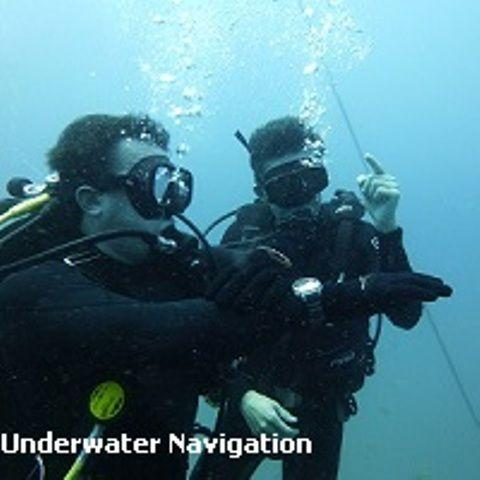 D15eDJL Diving Koh Tao underwater navigation speciality