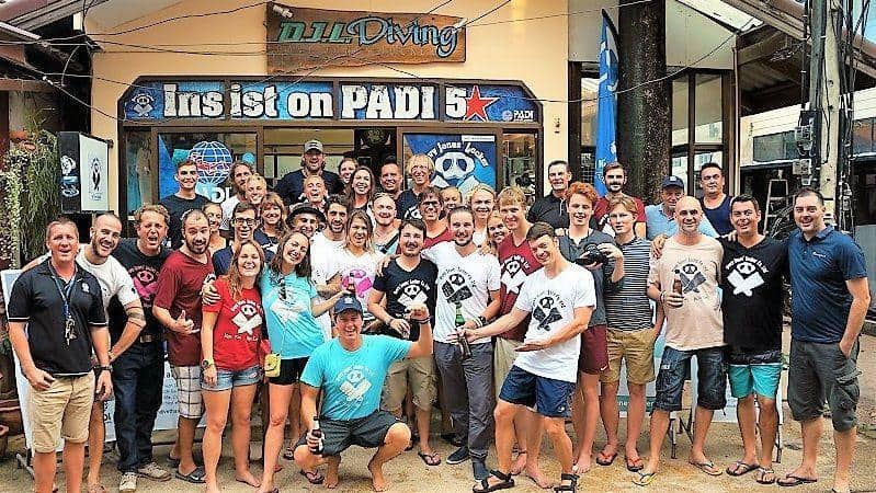 padi scuba diving course koh tao divemaster diving instructor internship djl diving
